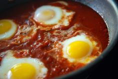 egg poached in tomato sauce