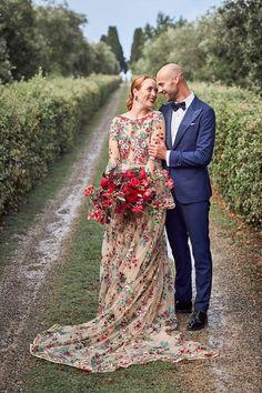 Italy Wedding, Wedding Bride, Floral Wedding, Wedding Colors, Wedding Styles, Wedding Images, Wedding Blog, Luxury Wedding, Wedding Hair