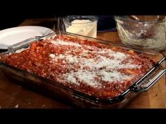 See how to make an authentic lasagna from scratch. Here's the lasagna recipe that keeps people coming back for more. Lasagna In The Oven, How To Cook Lasagna, Tasty Lasagna, How To Cook Pasta, Italian Dishes, Italian Recipes, Beef Recipes, Cooking Recipes, Cake Recipes