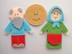 Granny and gramps Felt Puppets, Felt Finger Puppets, Hand Puppets, Halloween Ornaments, Fall Halloween, Sheep Pig, Felt Stories, Traditional Toys, Felt Quiet Books