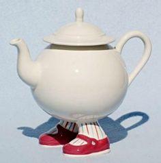CARLTON WARE Vintage Walking Teapot Pink Shoes http://cakestandland.co.uk