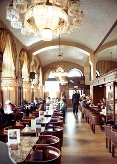 Google Image Result for http://hiddentraveltreasures.com/wp-content/uploads/2011/03/Cafe-Schwarzenberg.jpg