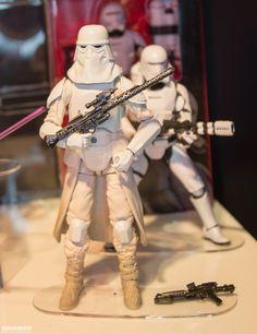 Hasbro-2015-International-Toy-Fair-The-Black-Series-016.jpg
