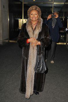 Ageless beauty Leslie Uggams in NYC. #furcoat #LeslieUggams