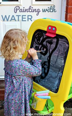 Painting with water - an easy to set up outdoor art idea for kids. This fun summer activity is a great fine motor and mark making activity for toddlers and preschoolers. Easel Activities, Fun Summer Activities, Creative Activities, Infant Activities, Toddler Preschool, Toddler Crafts, Preschool Activities, Outdoor Games For Toddlers, Toddler Art