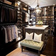 One of the best walk in closet designs  Perfect his and hers closet for your next home renovation project   Double tap if you agree✔