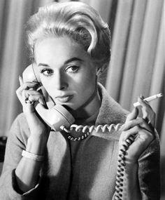 Die Vögel (1963) on IMDb: Movies, TV, Celebs, and more...