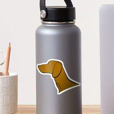 Hungarian Vizsla Lineart Sticker to decorate your laptop or waterbottle. #vizsla #magyarvizsla #hungarianvizsla Hungarian Vizsla, Water Bottle, Laptop, Stickers, Shirts, Decor, Decoration, Water Bottles, Dress Shirts
