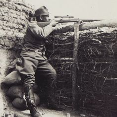 WWI, An Austro-Hungarian sniper aiming his Mannlicher M95. -The Great War (@WW1_Series) | Twitter