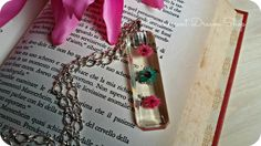 Rectangular Pendant Dried Flowers. Pressed by EvanescentDreamShop