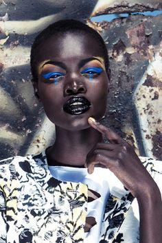Makeup for dark skin black women simple makeup tips to try for very dark sk Eye Makeup, Dark Skin Makeup, Dark Skin Beauty, Beauty Makeup, Simple Makeup Tips, Classy Makeup, Colors For Dark Skin, Lip Colors, Bright Colors