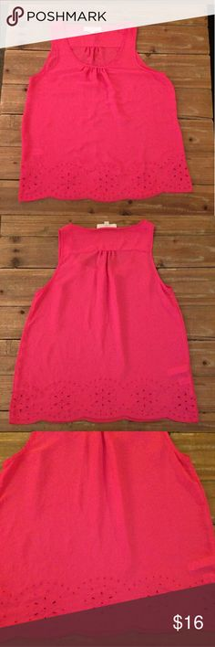 LOFT Women's Sleeveless Pink Eyelet Bottom Top Ann Taylor LOFT Women's Sleeveless Pink Top, Size Medium, Cute Eyelet pattern on the bottom. In good used condition.  Length: 25 inches Pit to Pit: 18 inches LOFT Tops Blouses