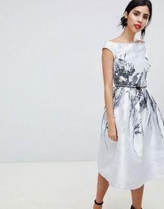 c260c57877d2 Οι 17 καλύτερες εικόνες για φορέματα το 2019