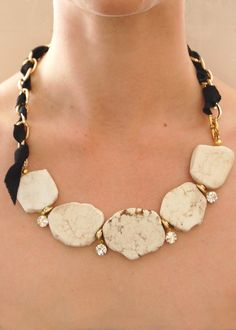 Statement Necklace: Big
