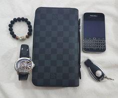 #inst10 #ReGram @confidenceswe: BlackBerry Classic #blackberryclassic @fashion.ki11a: essentials #fashion #luxury #luxuryfashion #louisvuitton #bracelet #ap #audemarspiguet #phone #blackberry #black #mercedes #amg #essentials #picoftheday #BlackBerryClubs #BlackBerryPhotos