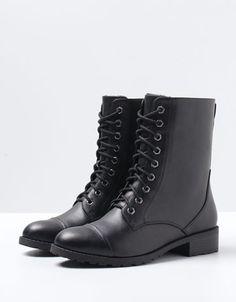 Bershka Egypt - BSK sheepskin lace-up ankle boots
