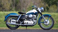 Harley-Davidson 1957 XL Sportster. History of the Harley-Davidson Sportster: Lowbrow Customs