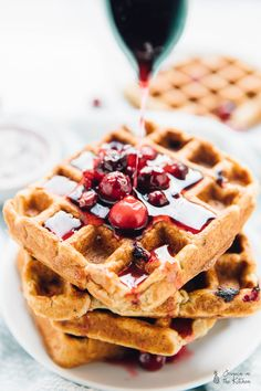 These Orange Cranberry Waffles are bursting with holiday flavour! They drizzled with a Cranberry Maple Compote and are vegan and gluten free! They are crisp on the outside, fluffy on the inside thanks to IntelliCrisp Waffle Maker! Waffle Recipes, Brunch Recipes, Dessert Recipes, Bakery Recipes, Flour Recipes, Kitchen Recipes, Recipes Dinner, Yummy Recipes, Cooking Recipes