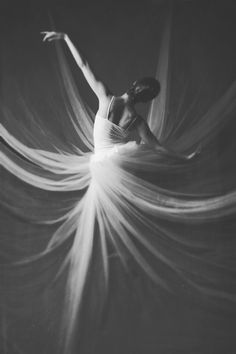 Swoosh! Beautiful lighting and movement in this photo of a graceful dancer #blackandwhite #dancer