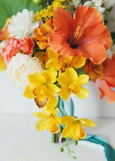 Mustard Yellow Wedding, Yellow Wedding Colors, Beach Wedding Colors, Hibiscus Bouquet, Hibiscus Wedding, Beach Wedding Bouquets, Lily Wedding, Dream Wedding, Wedding Things