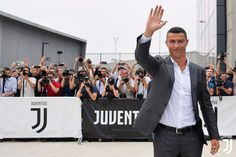 Cristiano Ronaldo has confirmed that Italian giants Juventus were the only club to make an offer for his signature. The former Real Madrid attacker was Cristiano Ronaldo 7, Christano Ronaldo, Cr7 Juventus, Juventus Stadium, Real Madrid, Megan Rapinoe, Pep Guardiola, Lionel Messi, Manchester City