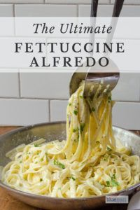 Try this easy recipe for Fettuccine Alfredo and you will be amazed with the results. So quick and simple to make and only has a few ingredients. Add some cooked chicken or spinach and make you own creation with this basic creamy alfredo sauce. Pastas Recipes, Easy Pasta Recipes, Cooking Recipes, Healthy Recipes, Recipes Dinner, Fettuccine Alfredo, Alfredo Sauce, Fettuccine Recipes, How To Cook Pasta