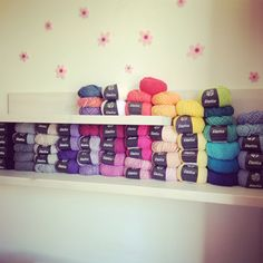 Instagram : #crochetdeaf Wolle von Lana Grossa Furniture, Instagram, Home Decor, Wool, Decoration Home, Room Decor, Home Furnishings, Home Interior Design, Home Decoration