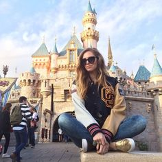 Chiara Ferragni - The Most Stylish Celeb Looks at Disneyland to Inspire Your Next Outfit  - Photos