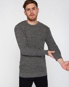 Flecked Crew Neck Pullover Schwarz/Grau aus Biobaumwolle #veganemode #veganfashion #fairfashion #ecofashion Crew Neck, Men Sweater, Sweatshirts, Sweaters, Shopping, Fashion, Vegan Fashion, Gray, Black