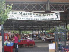 Paris : Le Marché du livre ancien et d'occasion de Paris, encore appelé Marché Georges Brassens, est un marché hebdomadaire se tenant les samedis et dimanches de 9h à 18h au parc Georges-Brassens, dans le 15e arrondissement de Paris. Il regroupe une cinquantaine de libraires spécialisés.  http://www.hello-paris.fr/article-35521443.html