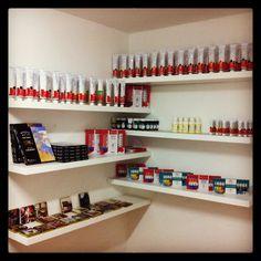 La Tienda de El Taller Blanco Óleos, acrílicos, acuarelas Winsor & Newton y mucho más!  latienda@eltallerblanco.cl www.eltallerblanco.cl