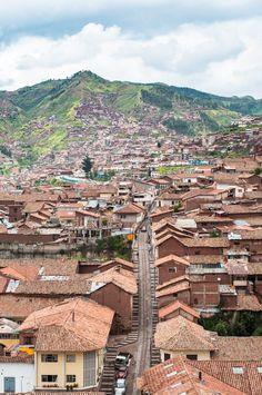 Vue sur la ville de Cusco au Pérou. Un des incontournables d'un voyage au Pérou.