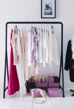 Un dressing mode - 15 dressings de filles pour ranger les vêtements en beauté - CôtéMaison.fr