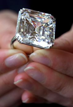 extremely rare emerald-cut white diamond weighing 52,82 carats