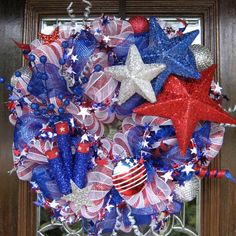 FIRECRACKERS and STARS Deco Mesh PATRIOTIC Wreath.  Show your true colors!
