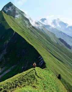 Hardergrat Trail - Interlaken, Switzerland #Switzerland