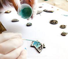 wood and resin jewellery, jewellery making