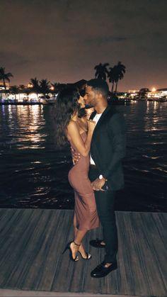 Couple Goals Relationships, Relationship Goals Pictures, Couple Relationship, Black Love Couples, Cute Couples Goals, Happy Couples, Couple Noir, Bryson Tiller, Photo Couple