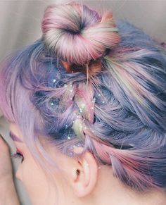 Colourful hair Instagram @beyouverywell