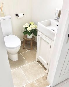 Transforming Empty Space into an Enviable Ensuite Bathroom Small Downstairs Toilet, Small Toilet Room, Downstairs Bathroom, Small Bathroom, Seaside Bathroom, Bathroom Ideas, Small Cottage Interiors, Bathroom Under Stairs, Ensuite Bathrooms