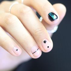 Found on http://tumblr.com/unistella-nail