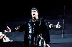 Attila rifiuta sdegnosamente ogni compromesso: egli vuole conquistare Roma e le città italiche con la forza, i due saranno ancora nemici sul campo di battaglia.