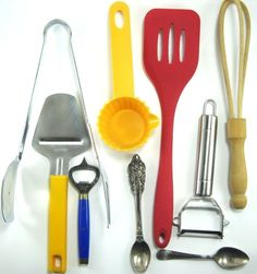 Lot Of 9 Kitchen Utensils Wood Stainless Steel Silver Plated Plactic.  RRR 15 #Unbranded