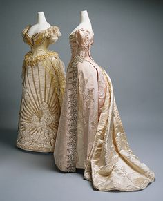 Charles Frederick Worth e House of Worth: Vestidos de noite ​​b)… 1800s Fashion, 19th Century Fashion, Victorian Fashion, Vintage Fashion, Parisian Fashion, Victorian Era, Victorian Dresses, 18th Century, French Fashion