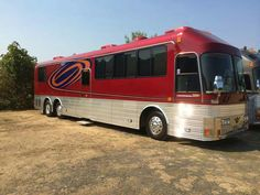 Motorhome, Lifted Dually, Bus City, Big Red Bus, Luxury Bus, Buses And Trains, Bus House, Bus Conversion, Rv For Sale