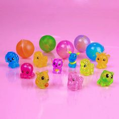 Squinkies Girls About Rares. Rares If you are lucky, you will find Rare Squinkies hidden in colored bubbles along the bottom of your Bubble Packs Birthday List, Birthday Parties, Spongebob Squarepants Sandy, Bussines Ideas, Colored Bubbles, Bubble Pack, Cute Notebooks, Spa Party, Cute Toys