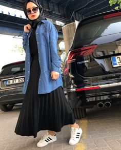 Hijab Fashion Summer, Modest Fashion Hijab, Modern Hijab Fashion, Casual Hijab Outfit, Islamic Fashion, Abaya Fashion, Muslim Fashion, Fashion Wear, Fashion Outfits