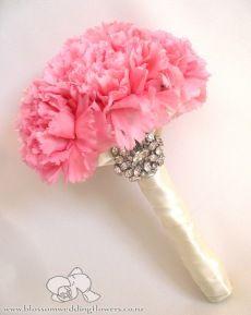carnation-crystals-wedding-