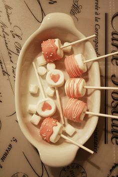 assorted chocolate marshmallow pops #pink Chocolate Marshmallows, Marshmallow Pops, Desserts, Pink, Meet, Party, Tailgate Desserts, Deserts, Postres