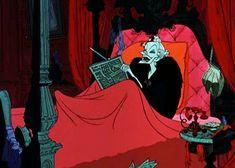 One Hundred and One Dalmatians, 1961 Cruella De Vil Disney Villains, Disney Pixar, Disney Characters, Walt Disney, Disney Princesses, Disney Love, Disney Magic, Disneyland, Cruella Deville
